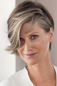 highlighted hair colour, hair salon, Westhill, Aberdeenshire